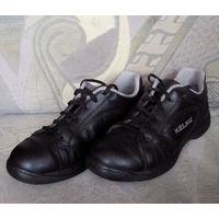 Кожаные кроссовки/туфли ''Kelme'' (р.37)