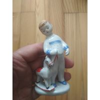 Статуэтка мальчик с лошадкой лфз