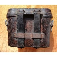 Кофр от бинокля Вермахта 6х30, бакелитовый.