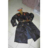 Кожаное пальто на толстой байковой подкладке только для высшего комначсостава Красной Армии. С клеймом изготовителя! р 52-54-3.