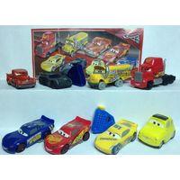 Серия игрушек из киндера тачки 3