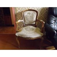 Винтажное старинное кресло,Европа,много лотов в продаже!!!