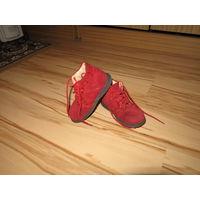 Очаровательные ботиночки р-р 23