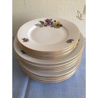 Набор тарелок столовых