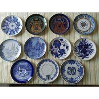 Авторские тарелки производства Минского фарфорового завода: 5 тарелок с подписью на обороте, 6 тарелок без подписи