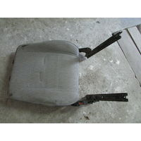 104576C Volkswagen T4 2.4D спинка водительского сидения
