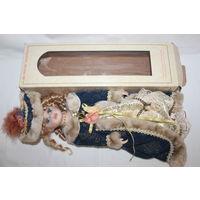 Большая, красивая кукла с фарфоровыми элементами,  длина 40 см.