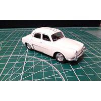 Продам  RENAULT - DAUPHINE 1093 N 30 TOUR DE CORSE 1962 производитель Solido