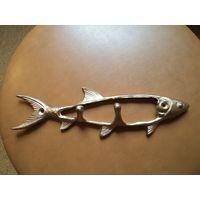 Вешалка, ключница латунная Рыба, 7*24 см.