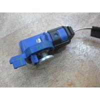 103475Щ Renault Clio 3 датчик airbag 8200695684
