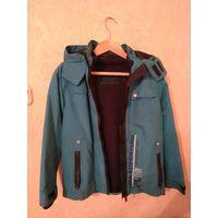 Куртка ветровка ( с отстегивающиеся подкладкой)  на рост 146 см