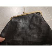 Большой старый кошелёк