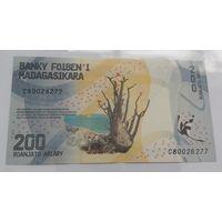 Мадагаскар 200 ариари 2017 года (UNC)