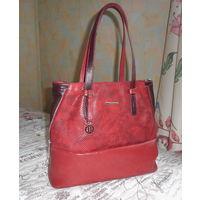 Новая сумка . Кожа . Темно-красная с бордовым .30х38 см