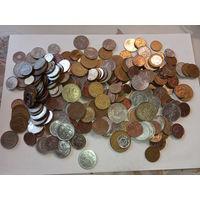 1 килограмм монет всего мира   (3)