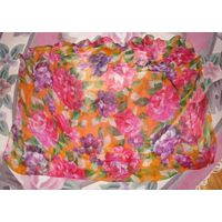 Оч. красивый разноцветный платочек