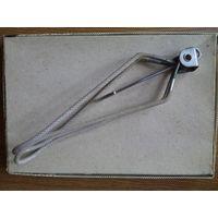 Дорожная складная металлическая вешалка-плечики (походная)