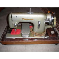Швейная машинка PANNONIA