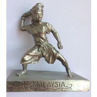 Статуэтка из олова malaysia kl pewter