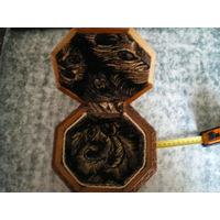 Шкатулка-ларец 8-угольная, резьба по дереву.