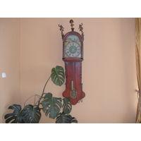 Часы настенные антикварные на одной гире(Голландия)