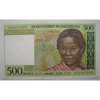 Мадагаскар 500 франков 1994 г. (u)