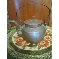 Старинный медный чайник.19 век.
