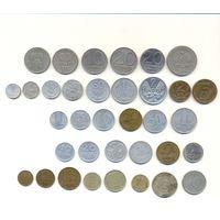 Комплект монет (бывшие соц. страны) 35 шт.