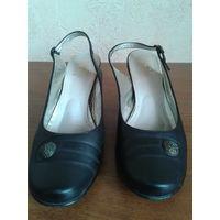 Туфли женские, черные, нат. кожа, с открытой пяткой, классика, на каблучке 7 см