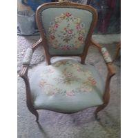 Кресло старое