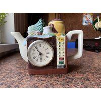 Керамический чайник с часами.