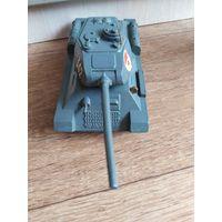 Танк  Т-34. Металл. Из СССР.