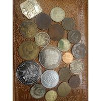 Монеты и жетоны