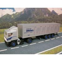 Модель грузового автомобиля Volvo F12 (7). Масштаб НО-1:87.