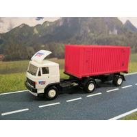 Модель грузового автомобиля Skoda-LIAZ 110 контейнеровоз. Масштаб HO-1:87.