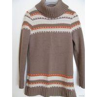 Тёплый свитер р.44-46 (очень приятный цвет)