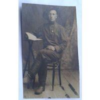 Фото мужчины. 1920-30-е. 6.5х11 см