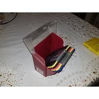 Интересная коробочка с дискетами для ПК.
