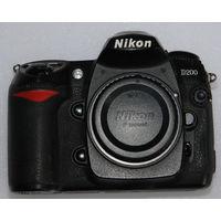Nikon D200 - полупрофессиональный зеркальный фотоаппарат