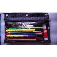 Школьный набор: пенал, цветные карандаши, фломастеры, клей карандашь, точилка, стирка. распродажа
