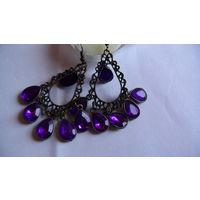"""Серьги """"с фиолетовыми камнями"""" .  распродажа"""
