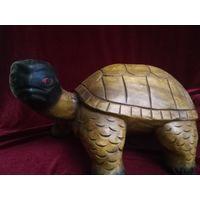 Черепаха, деревянная, интерьерная. Малайзия. Ручная работа.