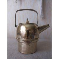 Маленький, интересной формы, старинный латунный чайник.