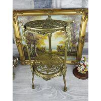 Столик - подставка под цветы скульптуру Италия бронза золочение