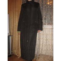 Очень тёплое и качественное зимнее пальто,совсем немного б/у, германия, размер 42-44!