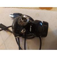 Веб камера,рабочая .для компьютера.есть крепление к монитору,кнопка быстрого фото,микрофон