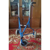 Ходунки (роляторы) для взрослых на 3-х колесах