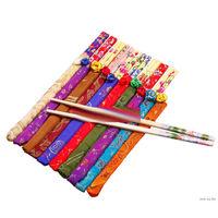 Пара деревянных китайских палочек для еды в сувенирной упаковке