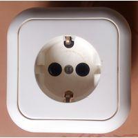 Розетка белая 3-конт. с заземлением для внутр. монтажа 16 А 250 В РБ