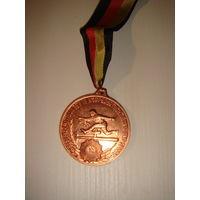 Bestenermittlung in Kоrperertuchtigung und Sport медаль ГДР в бронзе